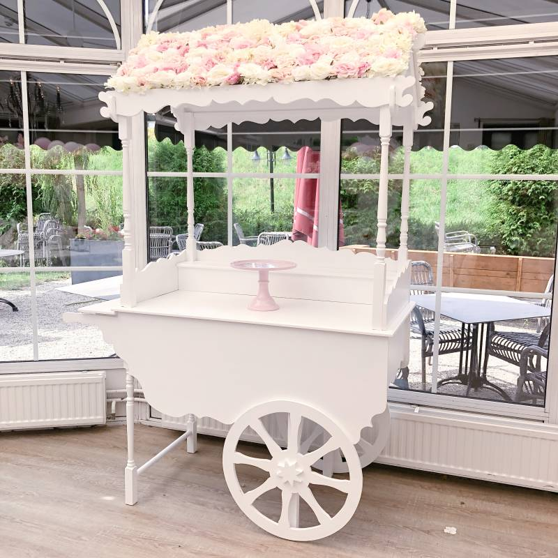 Candy cart wit